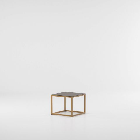 landscape_aluminium_side_table.jpg