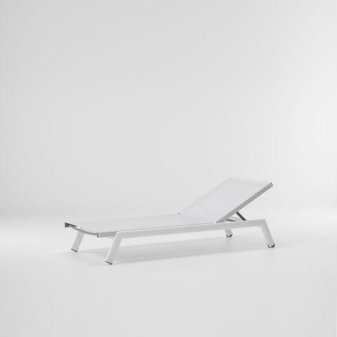 molo_deckchair_with_small_wheels.jpg