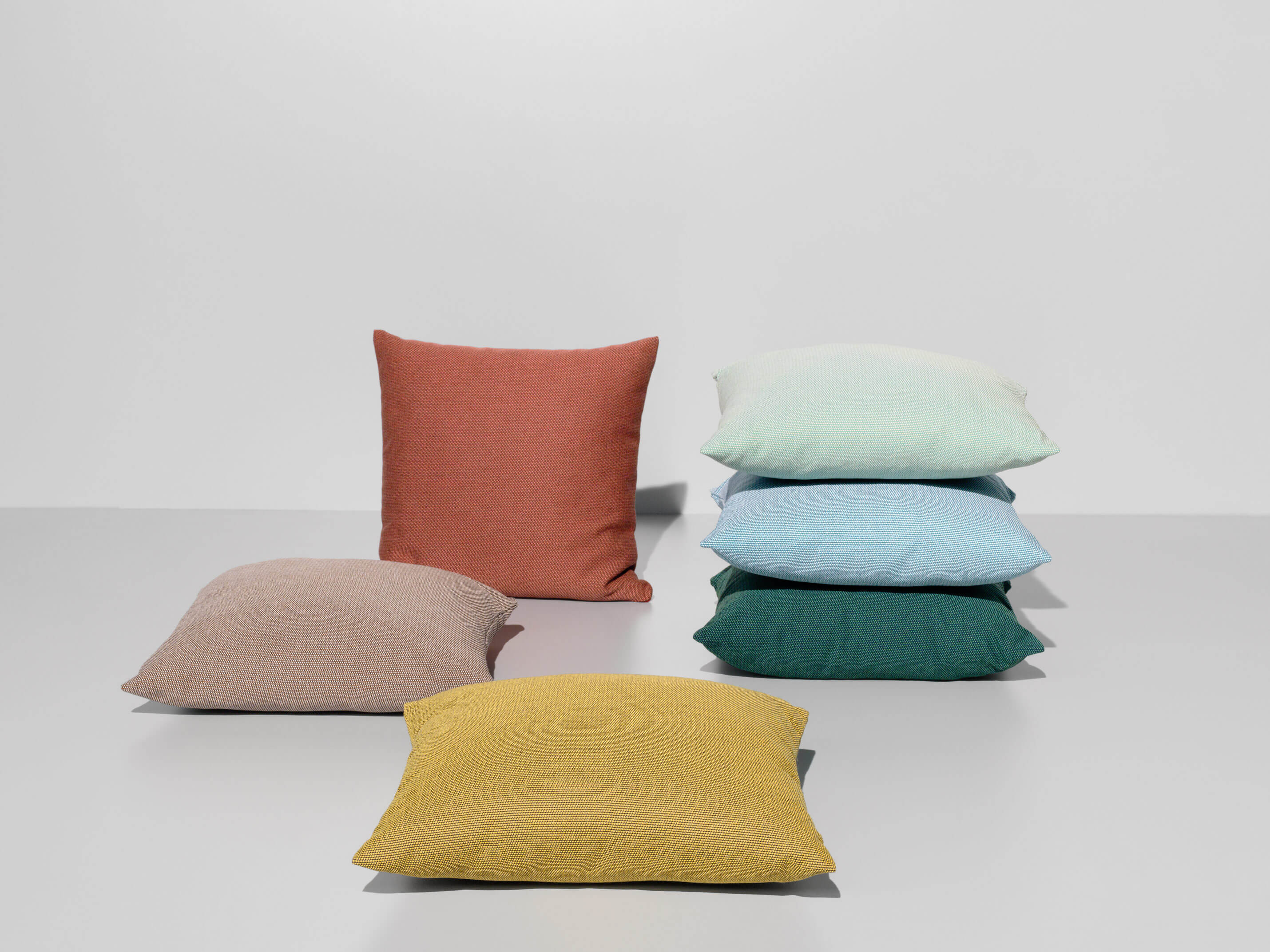 1103_0_cushions.jpg