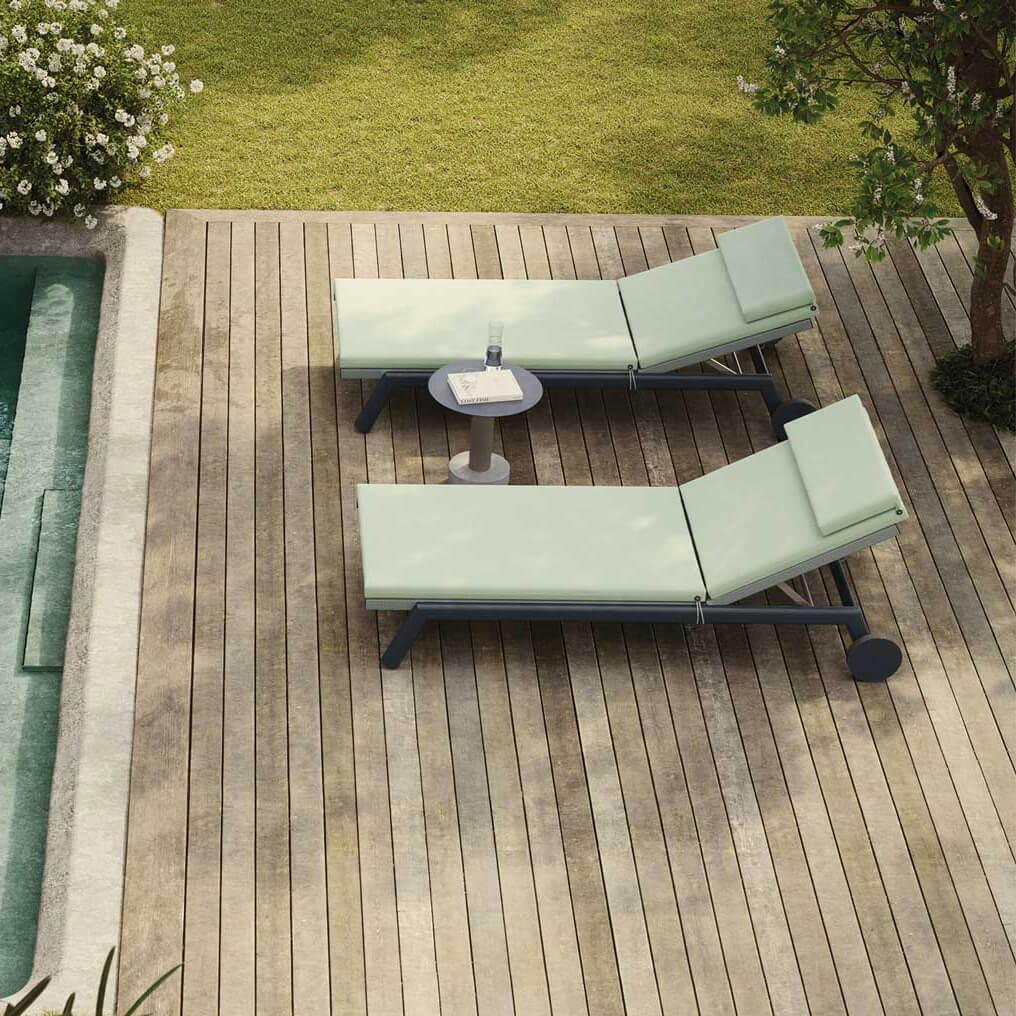 1611_0_Kettal_Molo_deckchair_sunbedSQ.jpg